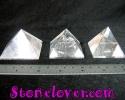 Clear Quartz Pyramid / หินทรงปิรามิดควอตซ์ใส [12119817]