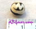 Lotus dZi Bead / หินทิเบตดอกบัว [00L019]